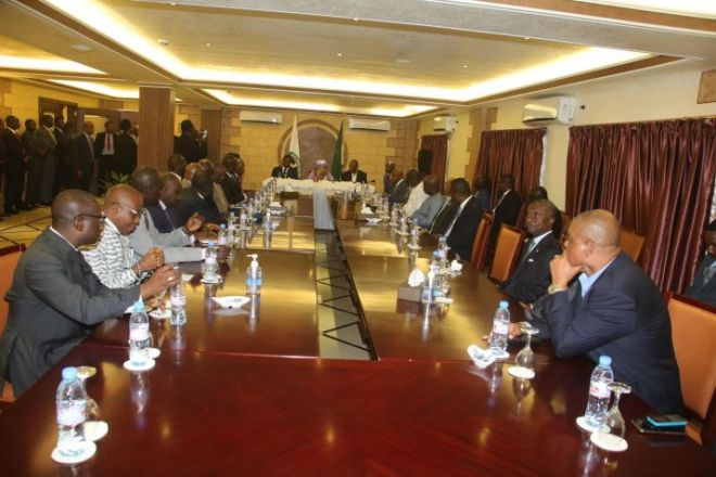 Liberian Political Leaders in Meeting with Presidents Sirleaf and African Leaders